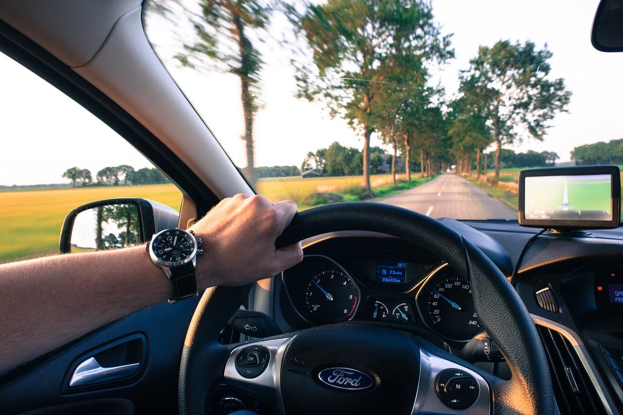 La voiture sans permis: quand la loi se prononce