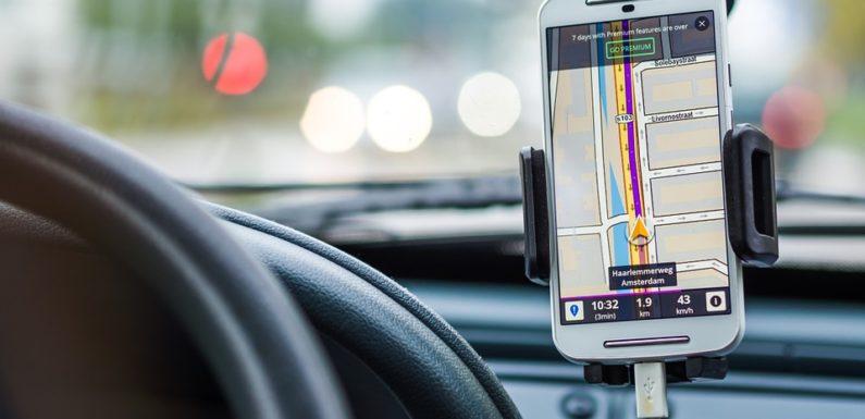 Les avantages d'un traceur GPS pour les particuliers et les entreprises