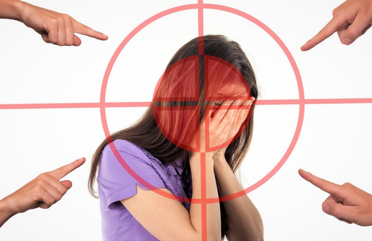 Cyber-harcèlement : comment protéger son enfant sur Internet ?