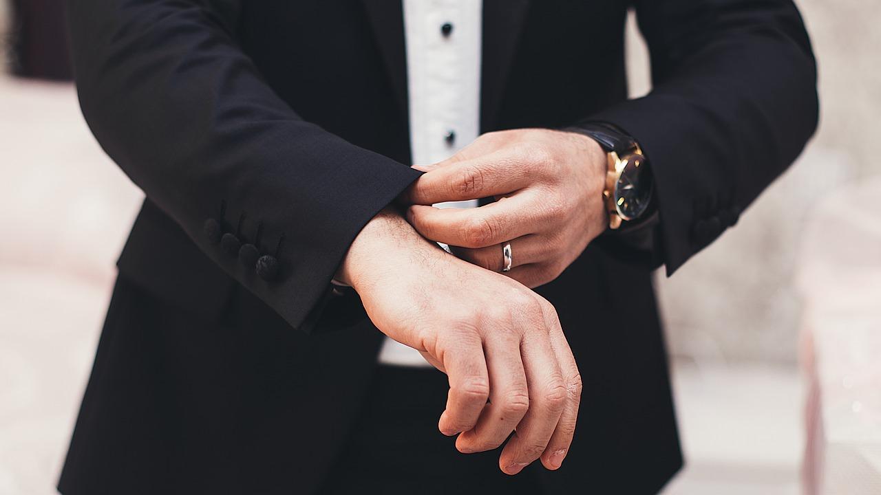 Costumes sur mesure homme: Mettre en évidence votre silhouette