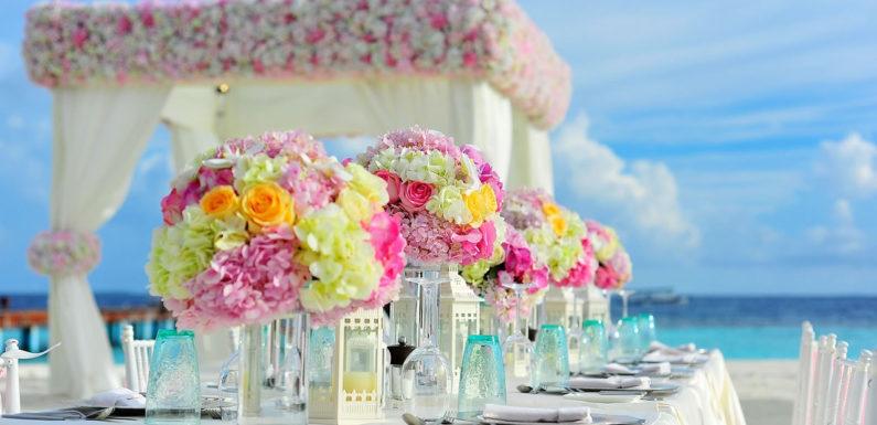 Comment bien organiser un plan de table de mariage ?