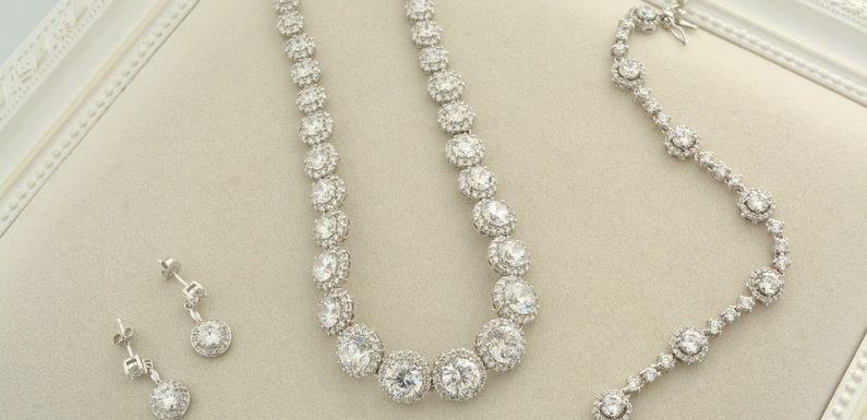 Des conseils pour trouver les bijoux de mariage idéaux
