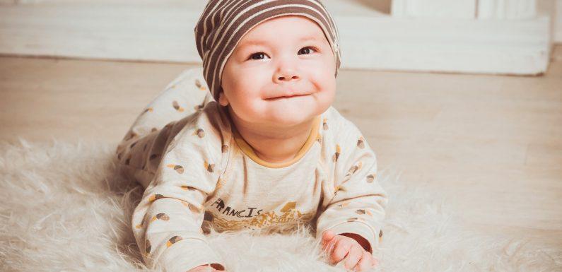 Bien choisir les matières pour les vêtements de bébé